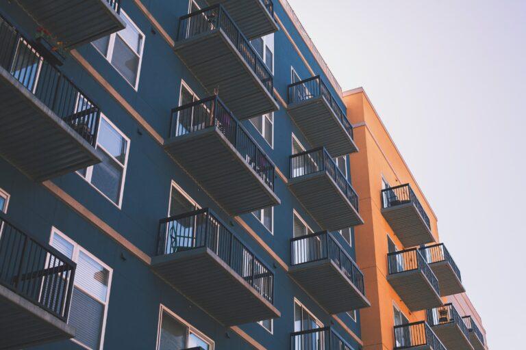 Inwestowanie w nieruchomości – jak inwestować, żeby zarobić?